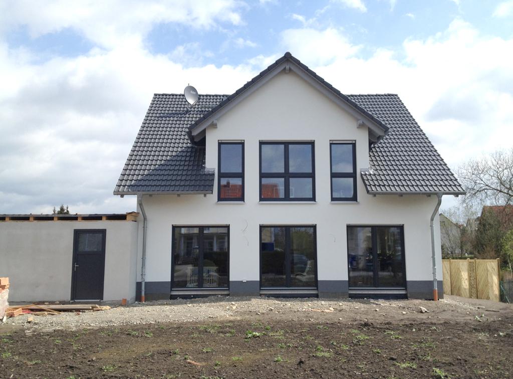 Konzept haus t ren fenster und trockenbau 008 k h innenausbau gmbh - Haus mit anthrazit fenster ...